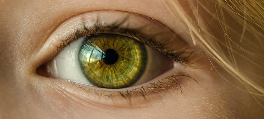 simptome Melanom ocular