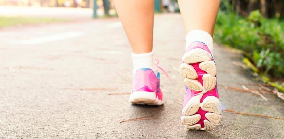 cauze picioare umflate