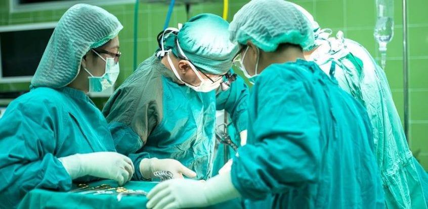 operatia cu laser in cancer